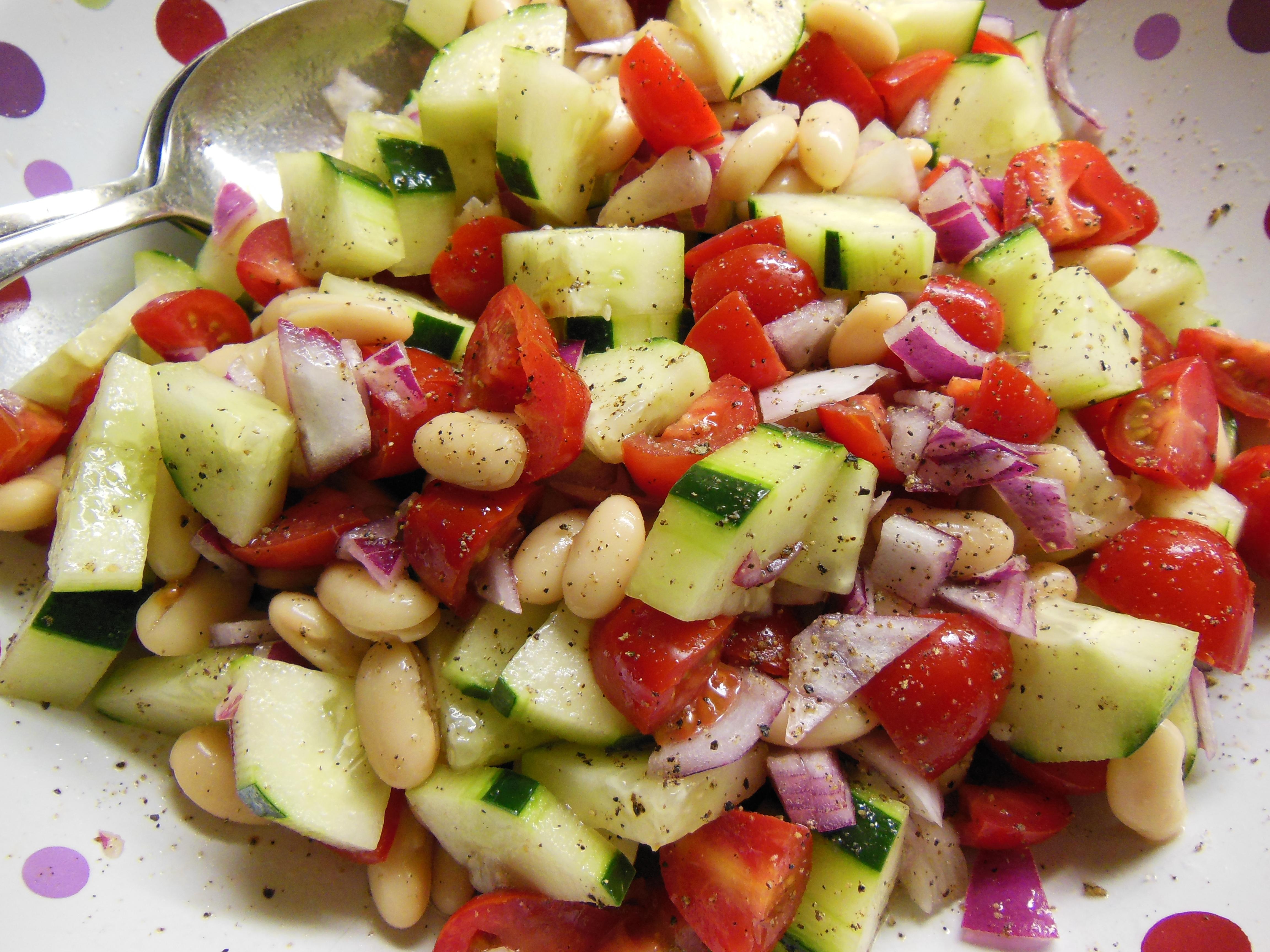 White Bean, Tomato & Cucumber Salad